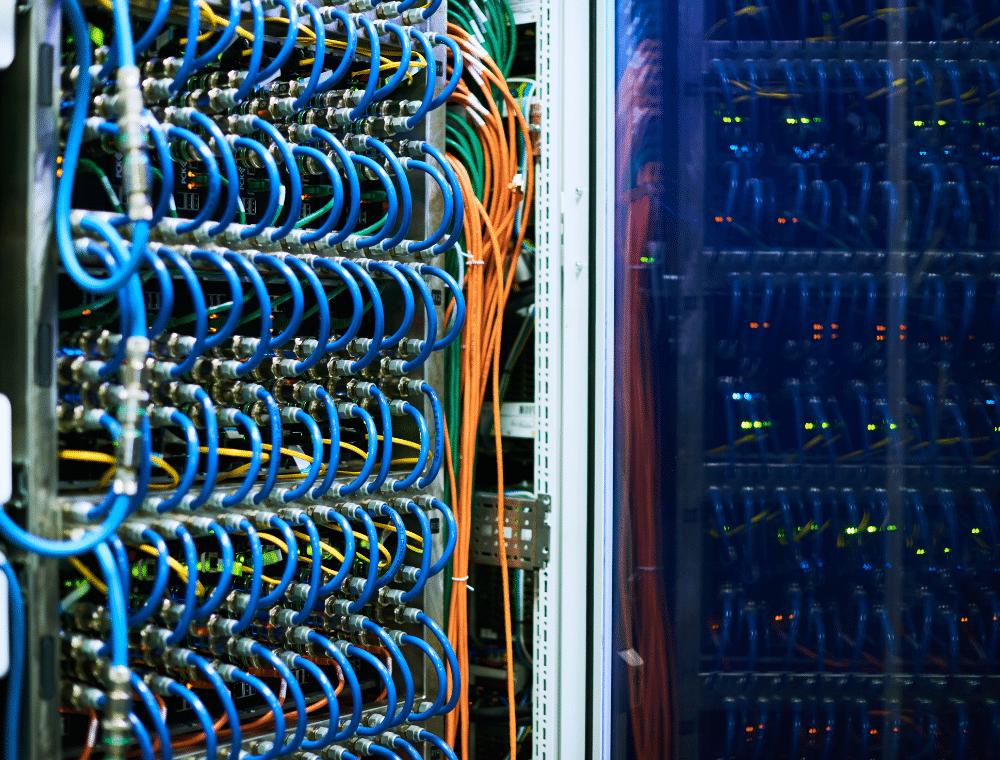 server-schrank symbolisiert server-management